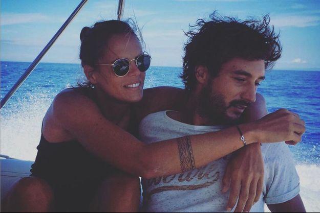 Laure Manaudou et Jérémy Frérot, amoureux sur les réseaux sociaux.
