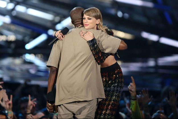 Kanye West et Taylor Swift aux MTV Video Music Awards 2015