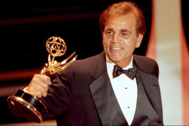 Alex Rocco lors de la cérémonie des Emmy Awards en 1990.