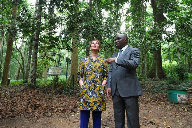 Le ministre de l'Environnement en Côte d'Ivoire Remi Allah Kouadio et la ministre de l'Ecologie en France Segolene Royal