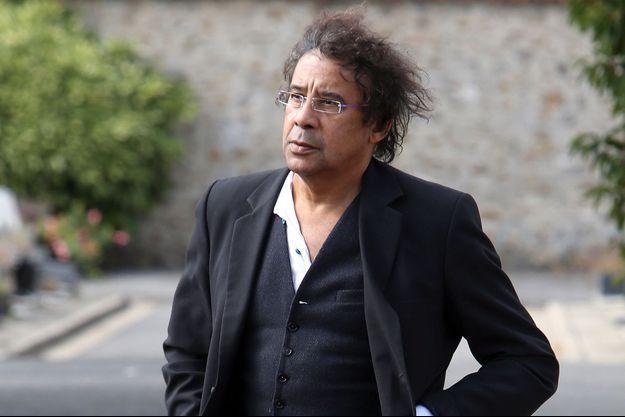 Laurent Voulzy aux obsèques du chanteur Guy Béart à Garches le 21 septembre dernier.