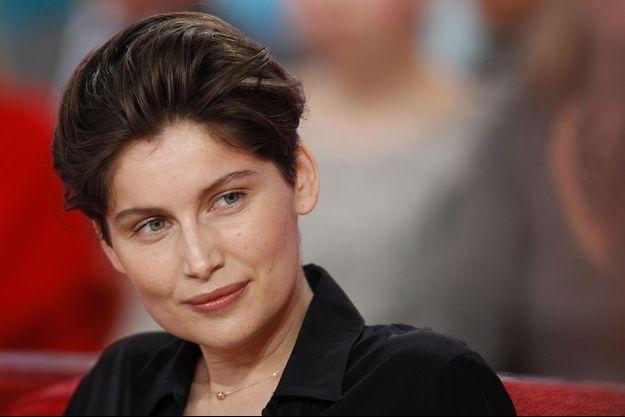 """Laetitia Casta trouve Julie Gayet """"courageuse""""."""