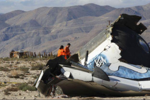 Le SpaceShipTwo après le crash dans le désert de Mojave en Californie le 2 novembre 2014.