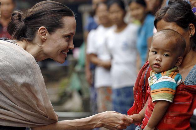 Angelina Jolie à Myanmar en 2015