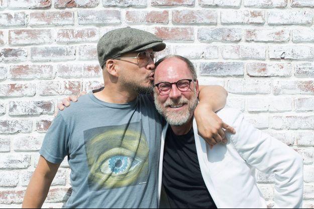 Joey Santiago et David Lovering sans Charles Thompson alias Frank Black, le leader irascible des Pixies.