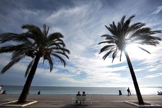 Un coureur est décédé alors qu'il participait au marathon Nice-Cannes.