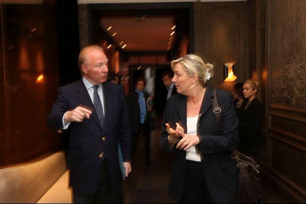 Bernard Hortefeux et Marine Le Pen 12 mai, à La Villa, avenue de Friedland à Paris.