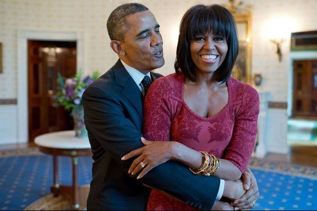 Mariés depuis 1992, ils forment plus qu'un couple, une équipe. Michelle et Barack Obama se préparent à une rentrée politique tendue, mais ont bien l'intention de continuer à savourer la vie de famille.