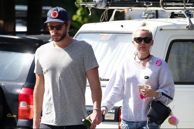 Miley Cyrus et Liam Hemsworth à Byron Bay en Australie