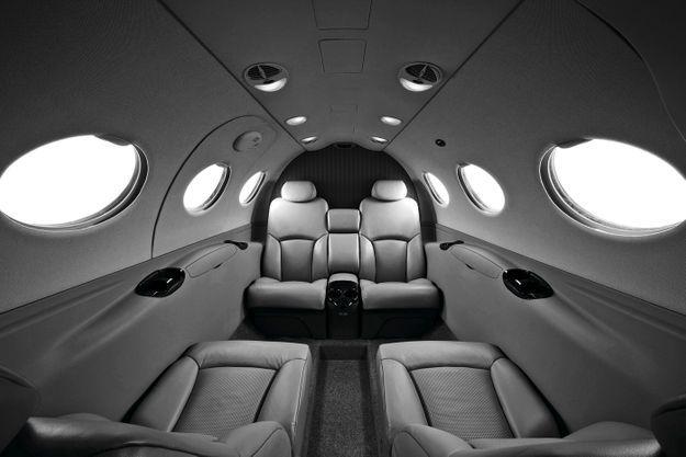 Volez en jet pour le prix d'un billet TGV, grâce au site cojetage.com.
