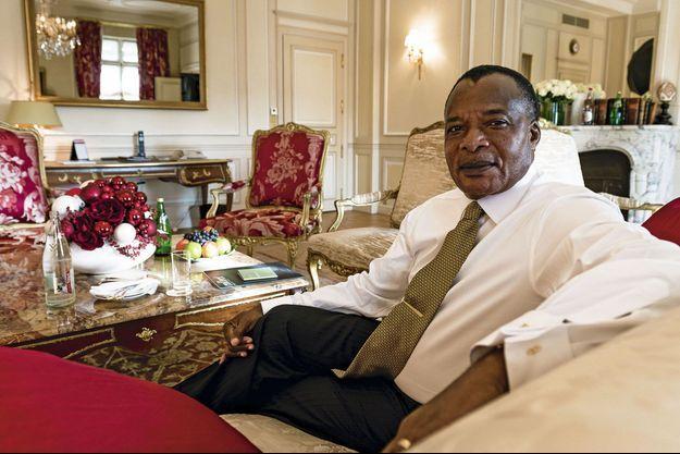 Mercredi 4 décembre, le président Denis Sassou-Nguesso nous reçoit dans sa suite de l'hôtel Meurice.