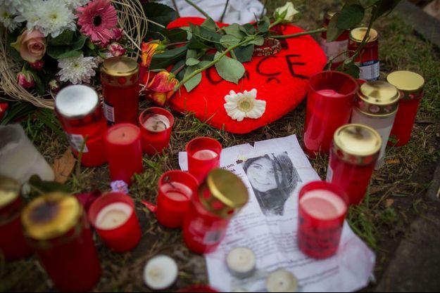 L'Allemagne est bouleversée par la mort de la jeune turque Tugce Albayrak
