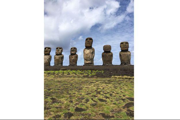 Statues de L'Ile de Pâques, l'un des grands mystères de l'histoire de l'humanité.
