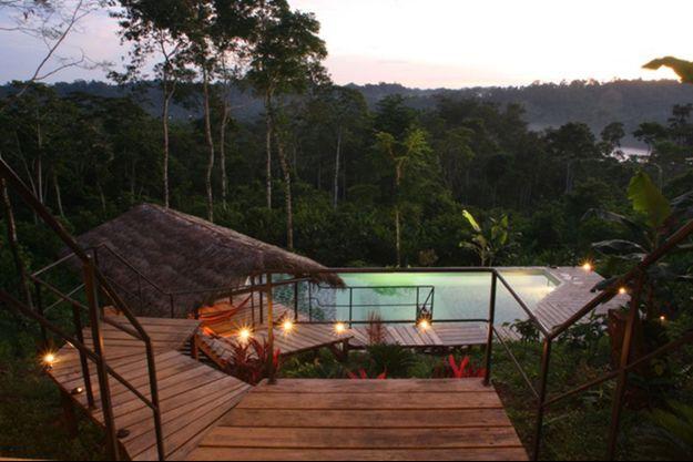 Au cœur de la jungle, un Lodge qui pousse au farniente et à la découverte d'un autre monde.