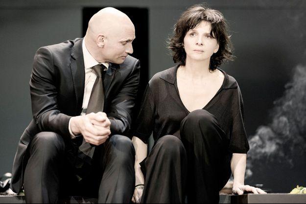Patrick O'Kane et Juliette Binoche.