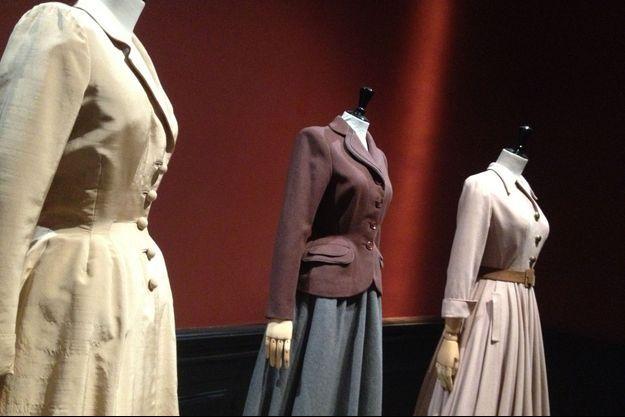 Des créations de Jacques Fath et Christian Dior, exposées au Musée Galliera.