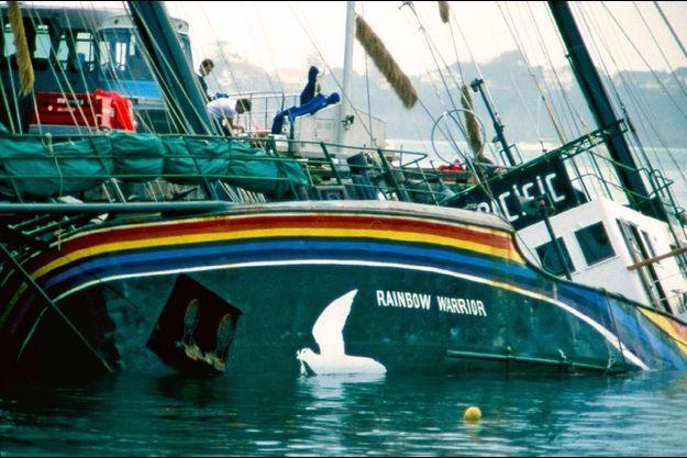 Le 10 juillet 1985, le « Rainbow Warrior » devient le tombeau de Fernando Pereira.