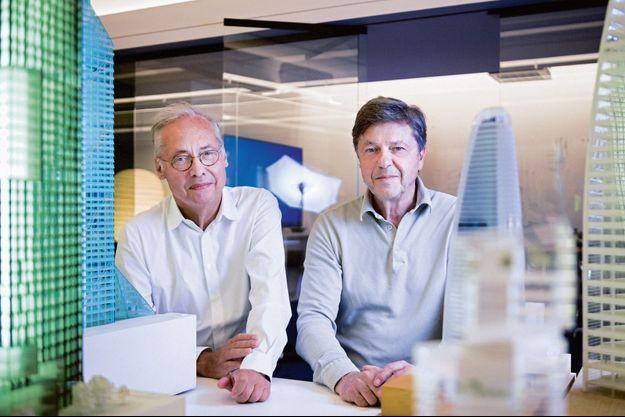 Denis Valode (à g.) et Jean Pistre dans leurs bureaux parisiens.