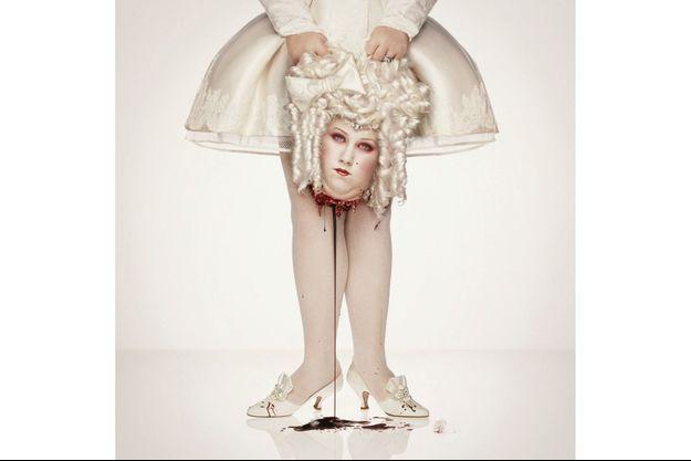« Royal Blood, Marie-Antoinette », d'Erwin Olaf, 2000.