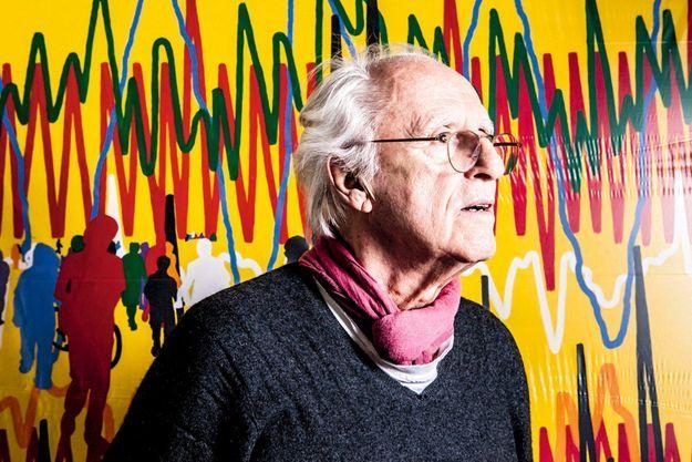 Portrait de l'artiste devant « Cardiogramme-peinture », 2015.
