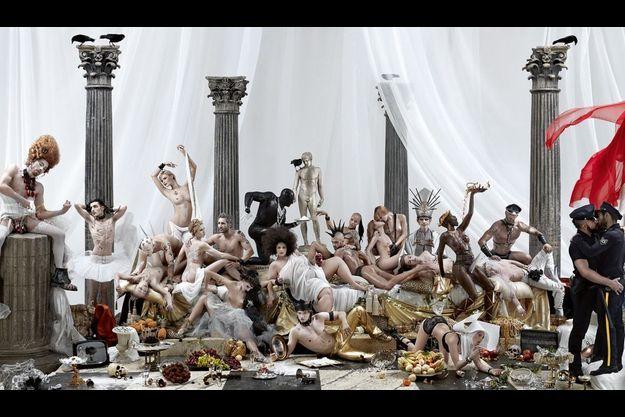 « Décadence », janvier 2011. Une photo de 4,70 x 1,35 mètres.