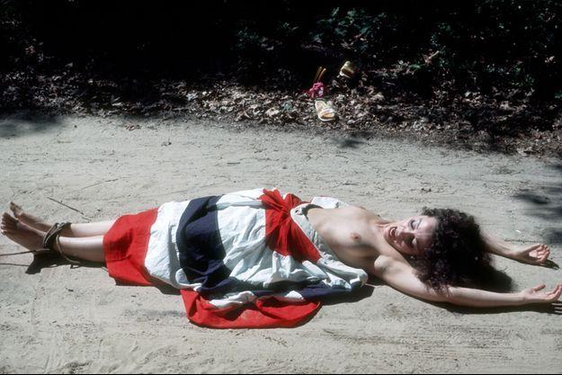"""""""Ultra Violet"""" en 1968, photographiée topless."""