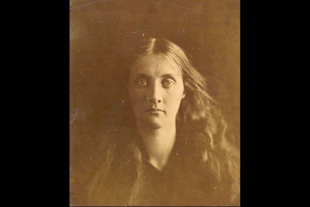 Julia Jackson, la mère de l'écrivain Virginia Woolf, par Julia Margaret Cameron,
