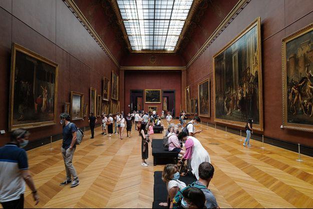 Le musée du Louvre en juillet 2020