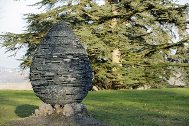 Une sculptures d'Andy Goldsworthy.