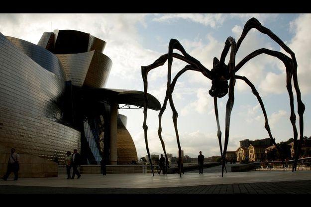 """Maman"", de Louise Bourgeois exposée à Bilbao."
