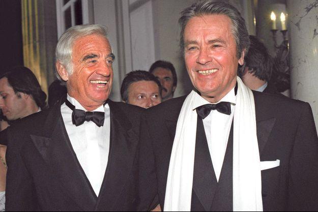 Jean-Paul Belmondo et Alain Delon, en 1998 à Berlin.