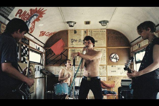 Mateusz Kosciukiewicz et son groupe de punk-rock