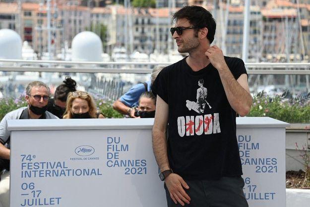 Arthur Harari, le réalisateur d'«Onoda» lors de la présentation du film à Cannes.