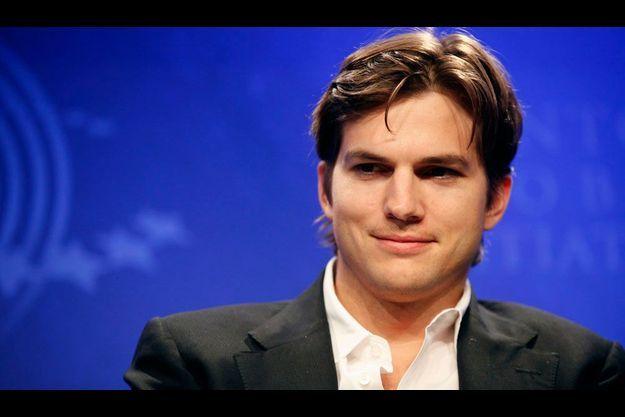 Ashton Kutcher pourrait bientôt incarner Steve Jobs à l'écran.