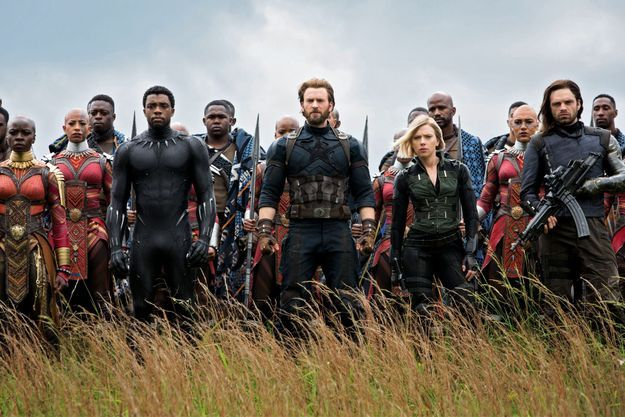 De g. à dr. : Black Panther (Chadwick Boseman), Captain America (Chris Evans), Black Widow (Scarlett Johansson) et Winter Soldier (Sebastian Stan).