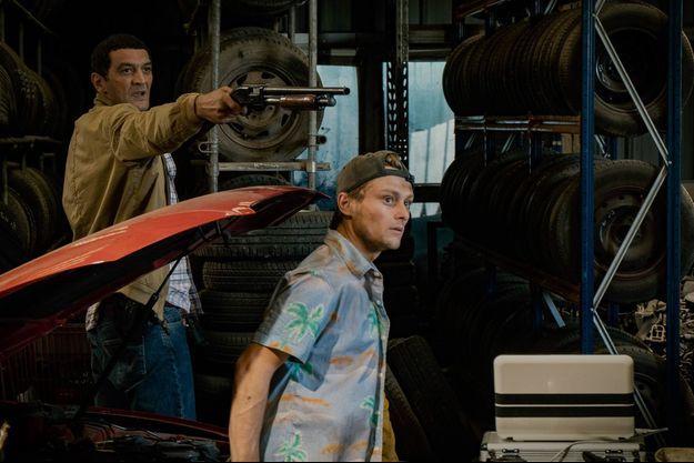 """Rod Paradot avec Ramzy Bedia dans """"Balle Perdue"""", le premier film de Guillaume Pierret, le 19 juin 2020 sur Netflix"""