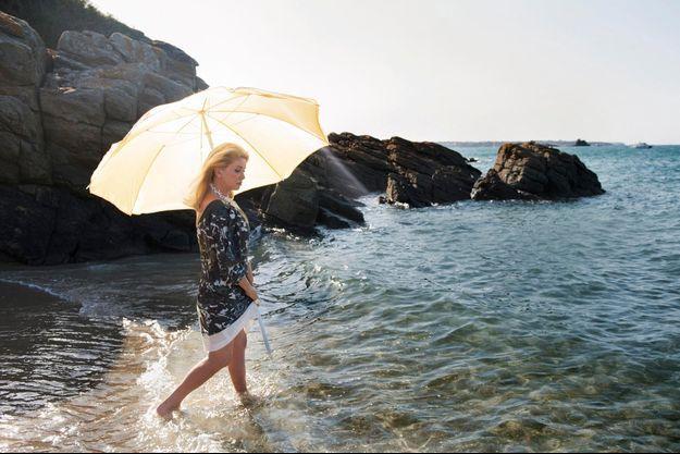 Samedi 17 août. Sur la plage de Dinard, dans les dernières lueurs de l'été.
