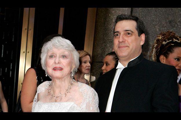 Celeste Holm et Frank Basile au Tony Awards, en 2007.