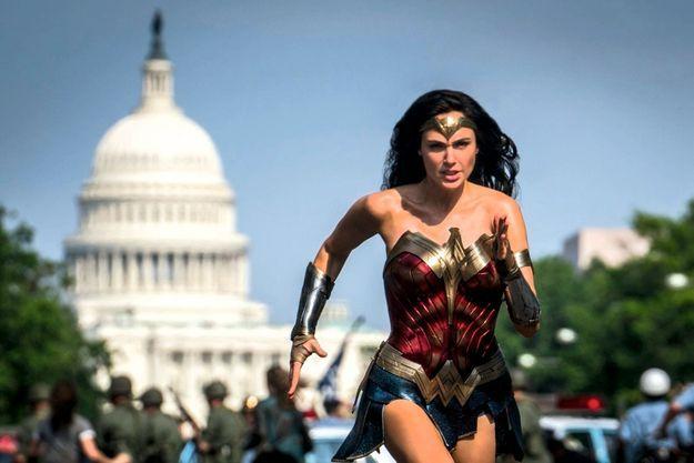 « Wonder Woman 1984 » devrait finalement sortir mi-août.