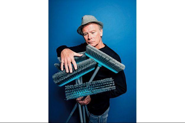 Franck Dubosc présente son nouveau spectacle «Fifty/Fifty» au Palais des Sports de Paris, jusqu'au 14 avril.