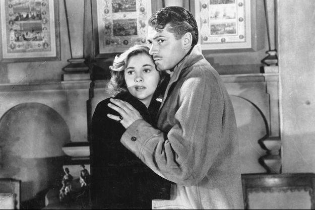 "Joan Fontaine et Laurence Olivier dans ""Rebecca""."