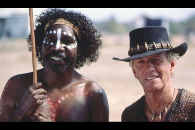 David Ngoombujarra et Paul Hogan dans le troisième épisode de Crocodile Dundee