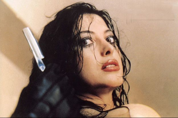 "Daria Nicolodi dans ""Ténèbres"" d'Asia Argento."