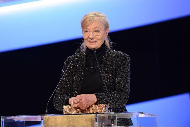 """Margaret Menegoz reçoit le César du meilleur film en 2013 pour """"Amour"""", réalisé par Michael Haneke"""