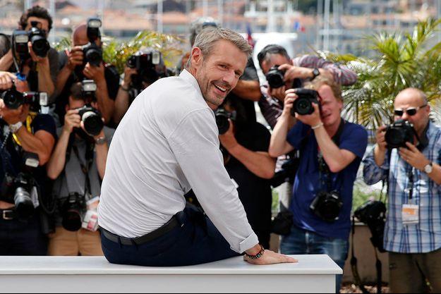 """Lambert Wilson lors de la présentation d'""""Enragés"""" au Festival de Cannes."""