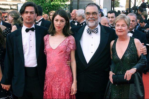 Roman, Sofia, Francis Ford et Eleanor Coppola en 2001, au Festival de Cannes.