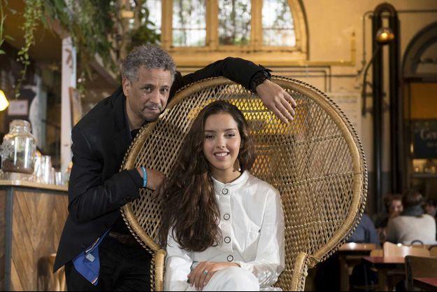 A la Recyclerie, à Paris. Quand Abel Jafri et Lyna Khoudri se rencontrent, ils ne se découvrent pas, ils se reconnaissent. Ils seront bientôt sur la même affiche.