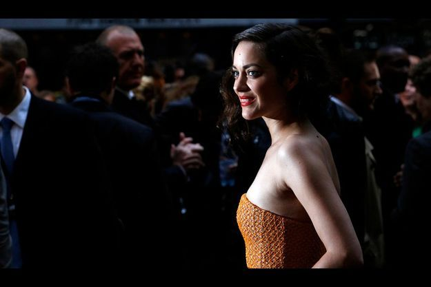 """Marion Cotillard lors de l'avant-première londonienne de """"The Dark Knight Rises""""."""