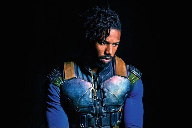 Michael B. Jordan dans son costume d'Erik Killmonger.