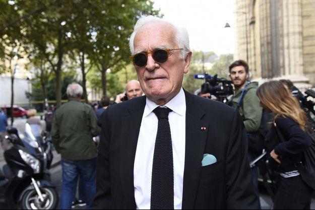 Philippe Labro lors des obsèques de Mireille Darc.